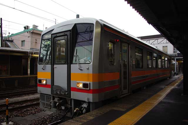キハ125系