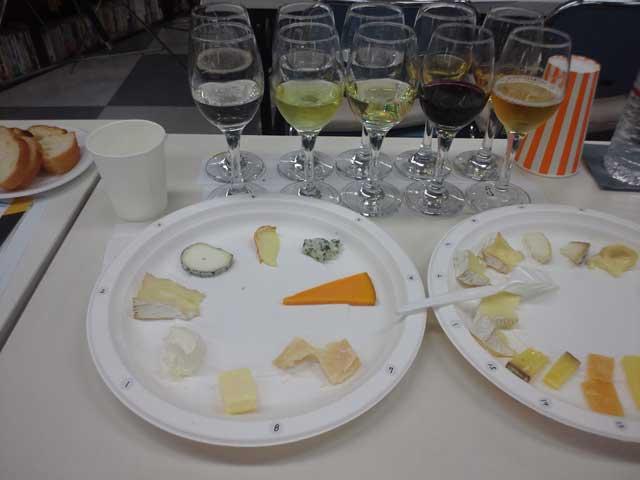 チーズ試食